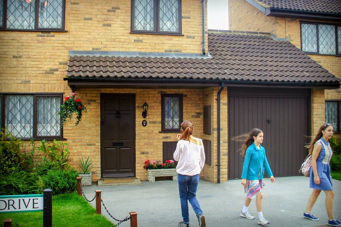 Picture of Picket Post Close, or No 4, Privet Drive in the Harry Potter movies