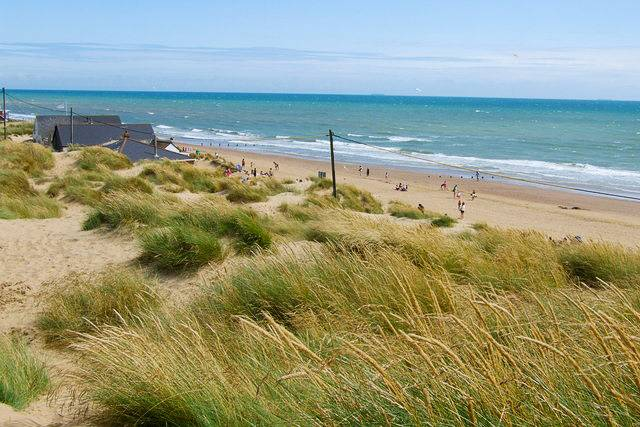 Photo of the Camber Sands beachfront.