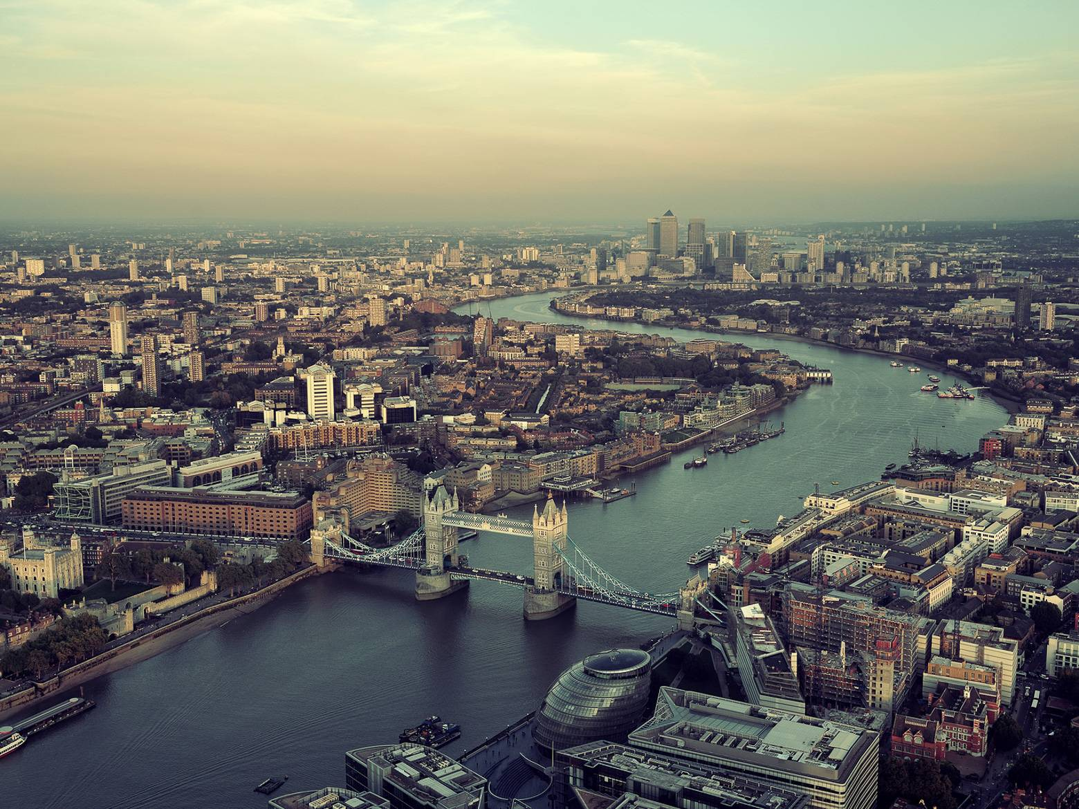 Image of an aerial view with Tower Bridge and London city hall