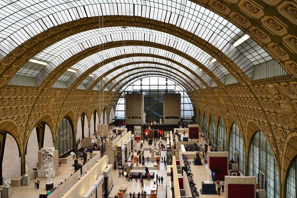 Image of the ceiling of the Musée d'Orsay, looking down over the galleries