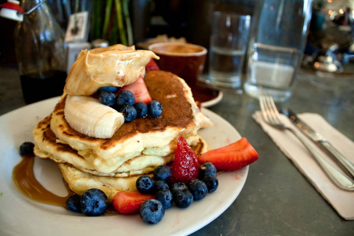 Image of pancakes from Dizzy's