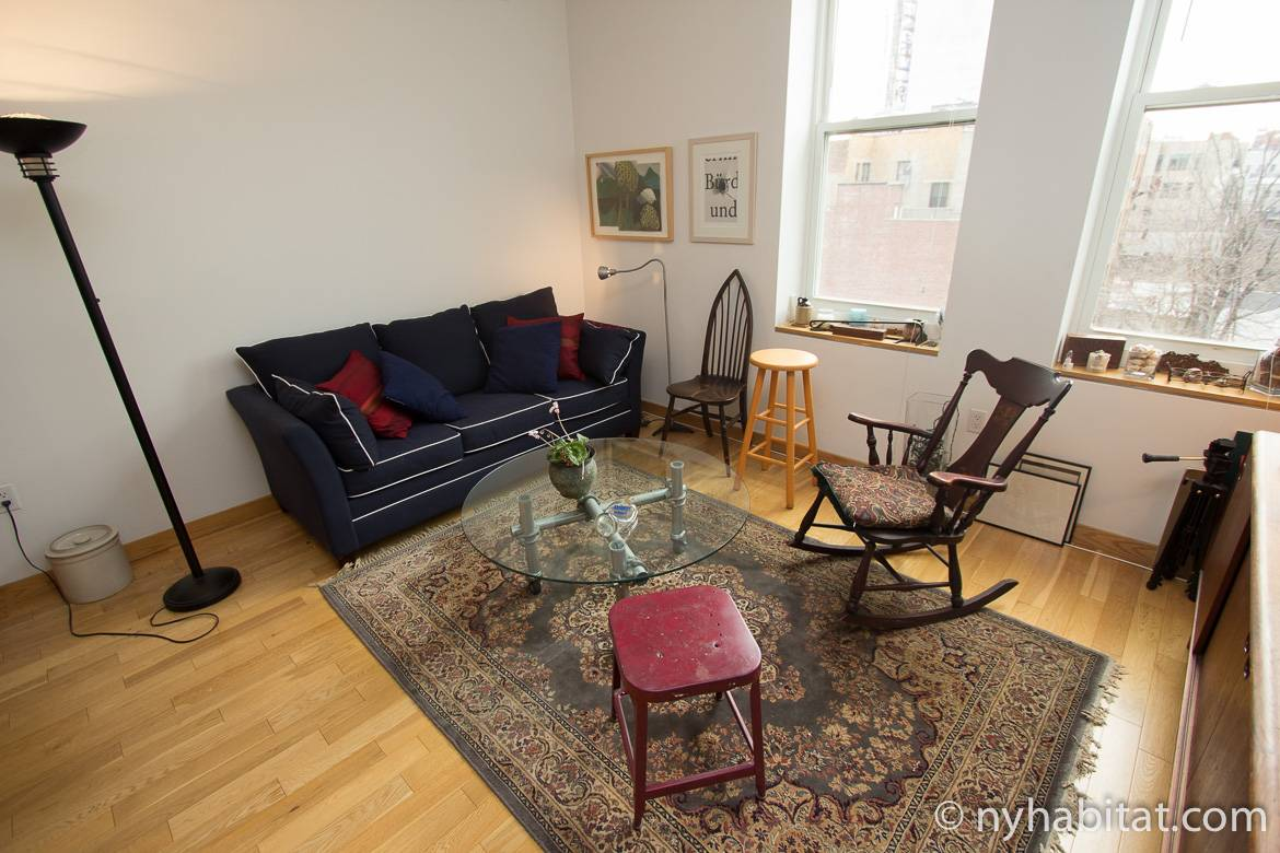 Image of the living room of New York Habitat apartment NY-16151