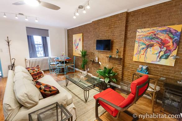 Image of the living room of one bedroom Harlem apartment NY-16470