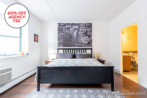 Image of the sleeping area of studio share NY-16737
