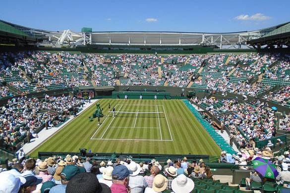 Image of tennis players at Wimbledon in London