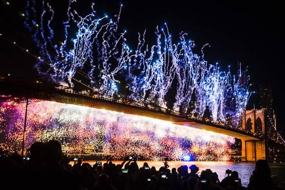 Image of fireworks display on the Brooklyn Bridge