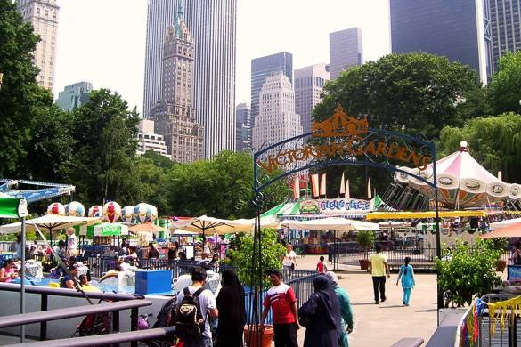 Image of Victorian Gardens amusement park at Wollman Rink in Central Park