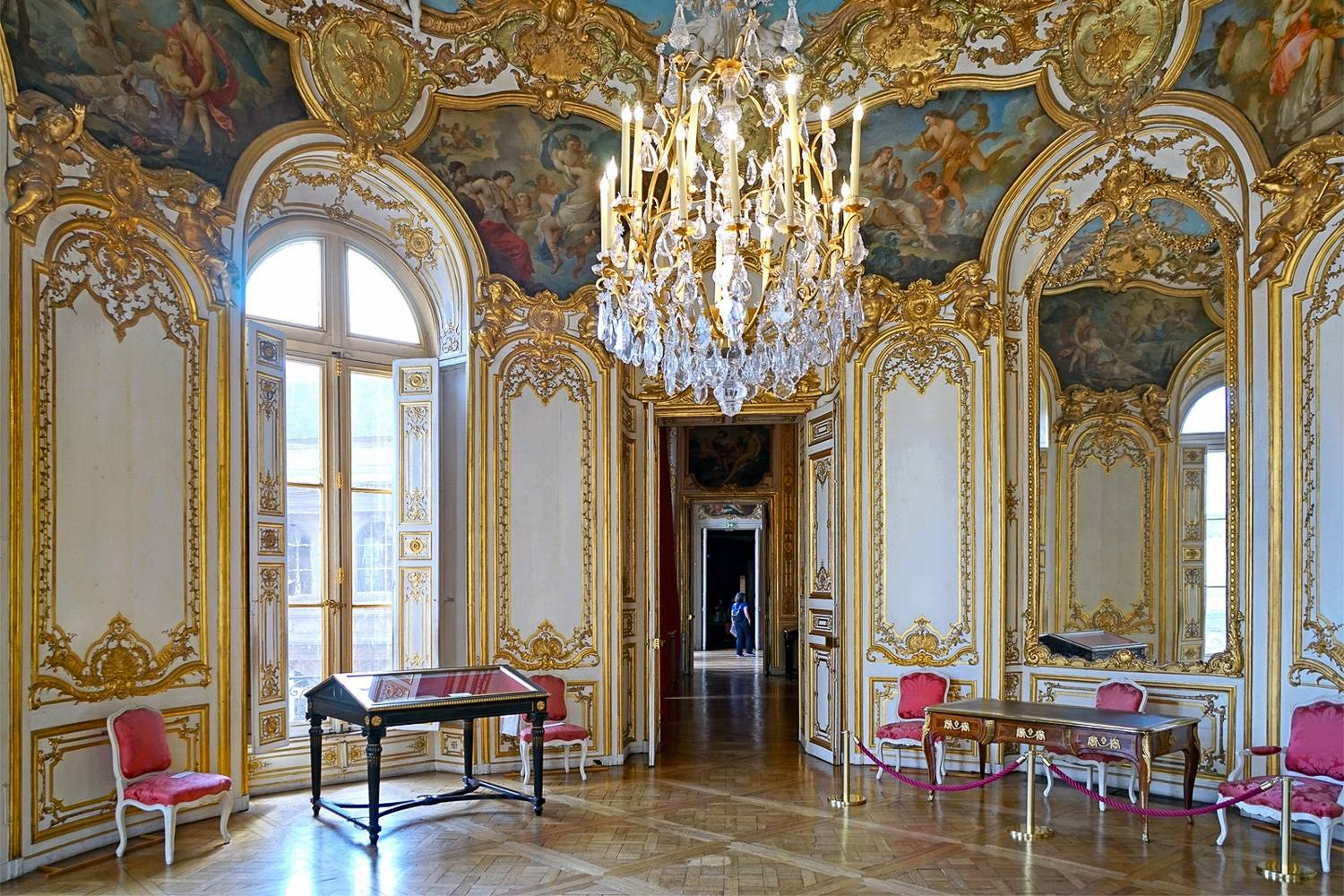 Image of suite in the Hôtel de Soubise.