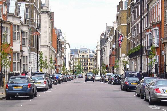 Image of residential street in Marylebone, London.