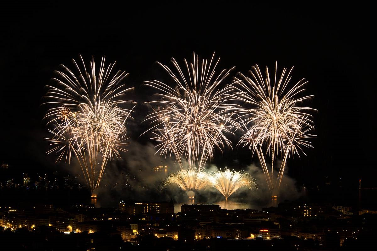 Image of fireworks display over the bay in Cannes.