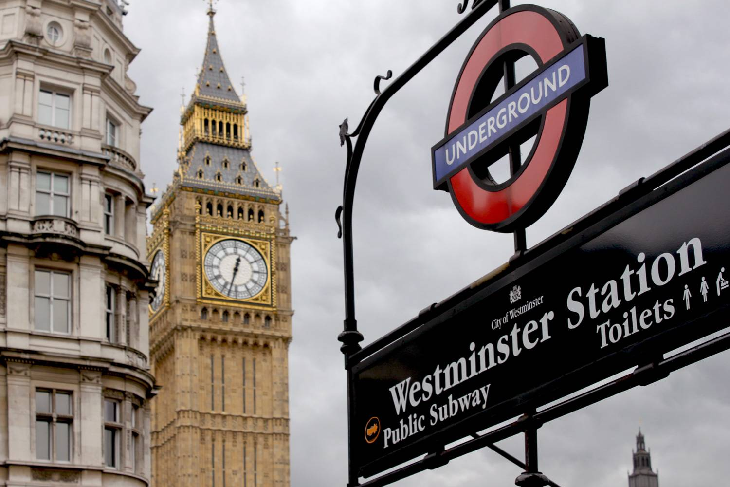 Photo - London travel public transportation Westminster Underground Station Big Ben