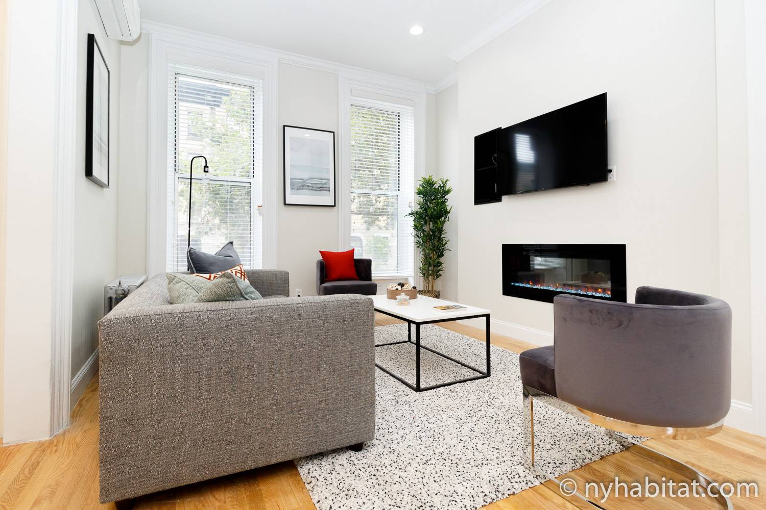 Image of the living room of 2 bedroom vacation rental NY-17669 with gas fireplace in Brooklyn