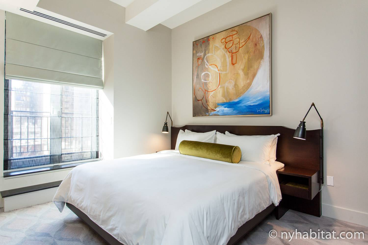 Image of the bedroom of 1 bedroom vacation rental NY-16771 in Murray Hill Midtown East NYC