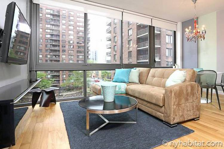 Image of the living room of furnished rental NY-16786 on the Upper West Side of Manhattan with a view