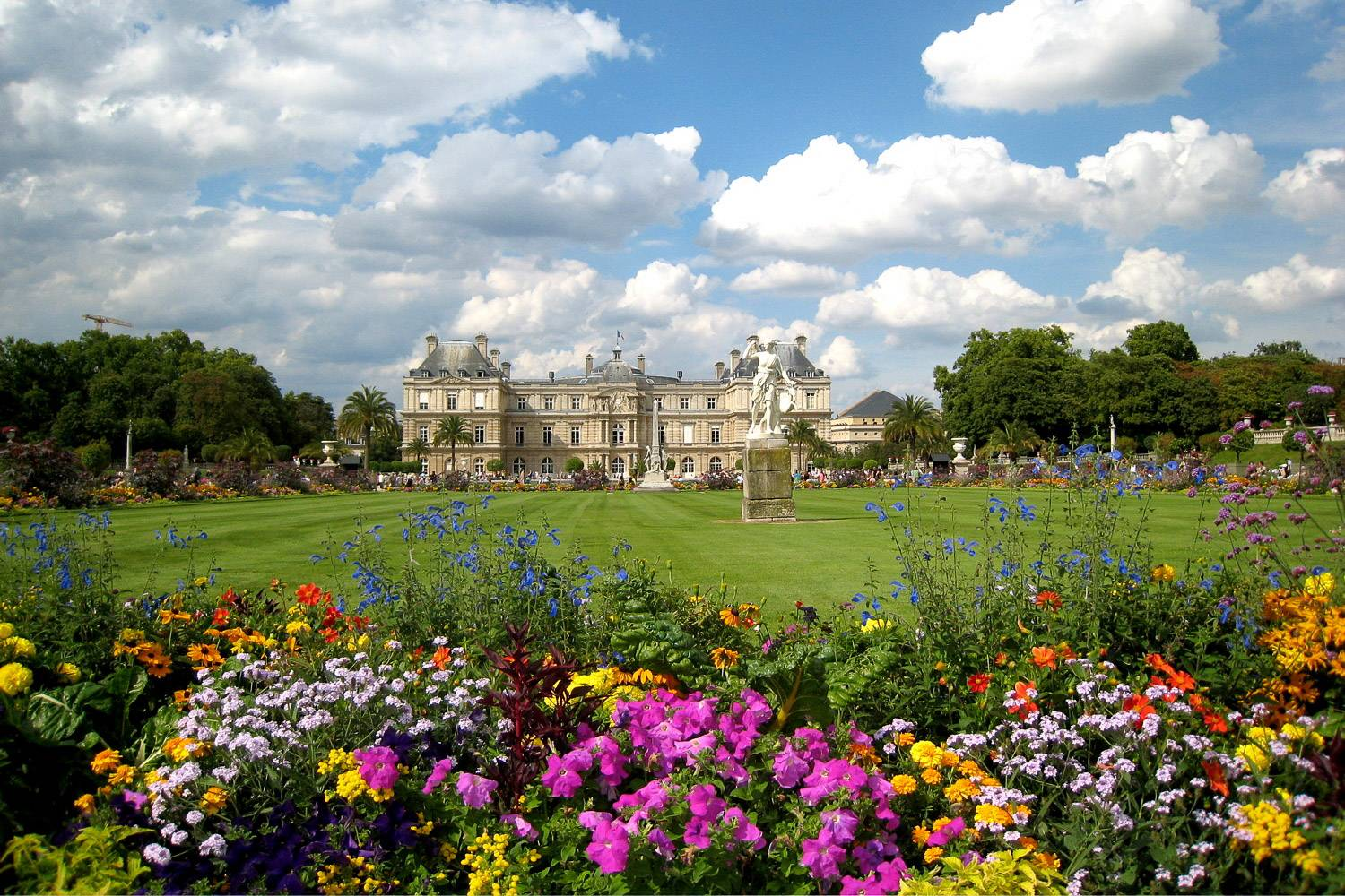 Photo - seven ways enjoy paris spring flowers musee luxembourg