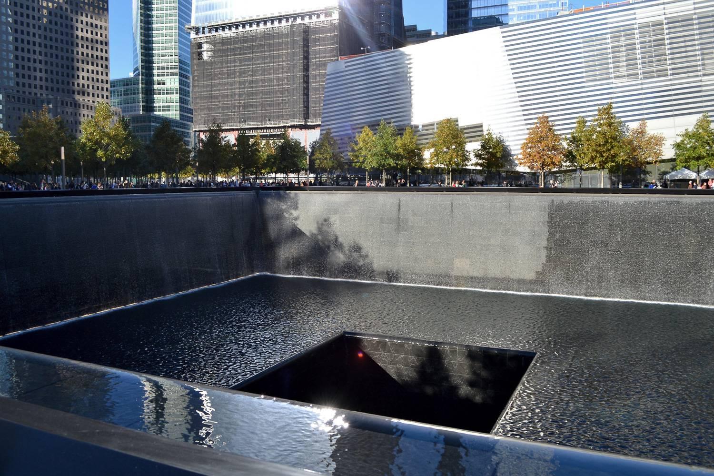 Bild eines der Pools am Nationalen 11. September Denkmal.