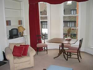 Eine Wohnung in London Chelsea Kensington mit einem Schlafzimmer.