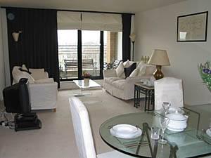 Eine Mietwohnung in London: Eine Wohnung mit 2 Schlafzimmern in South Kensington (LN-77)