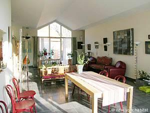 Eine Unterkunft in Südfrankreich: eine Ferienwohnung mit 2 Schlafzimmern in Saint Remy de Provence PR-695