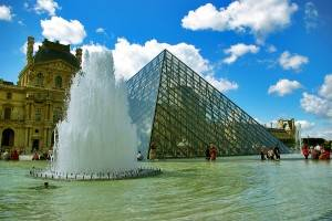 Eine Nacht in den Museen von Paris