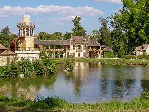 Das Anwesen von Marie-Antoinette in den Gärten von Versailles
