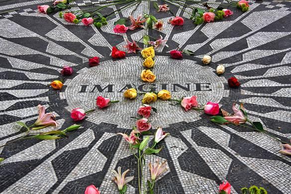 Foto des Imagine Memorials in den Strawberry Fields im Central Park