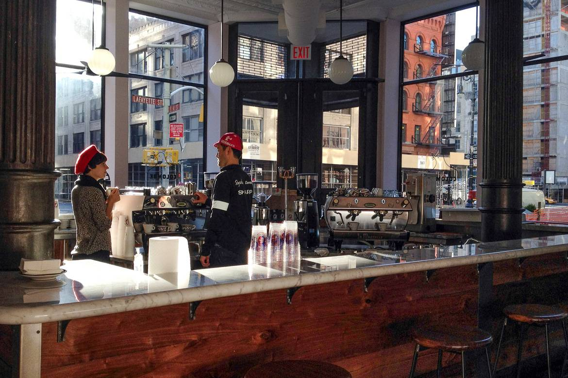 Bild des Coffee Shops La Colombe in SoHo, New York City. Photo: Dan Nguyen.