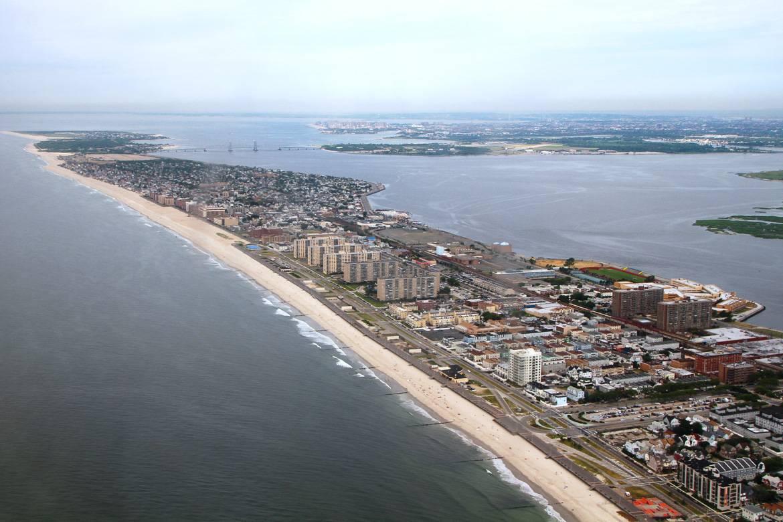 Foto von der Jamaica Bay und der Rockaway Peninsula in Queens