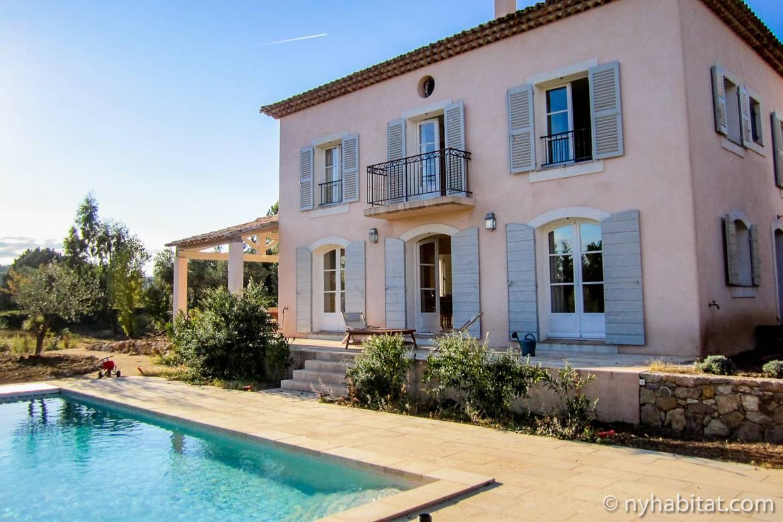Bild einer Villa mit Swimmingpool in Salernes