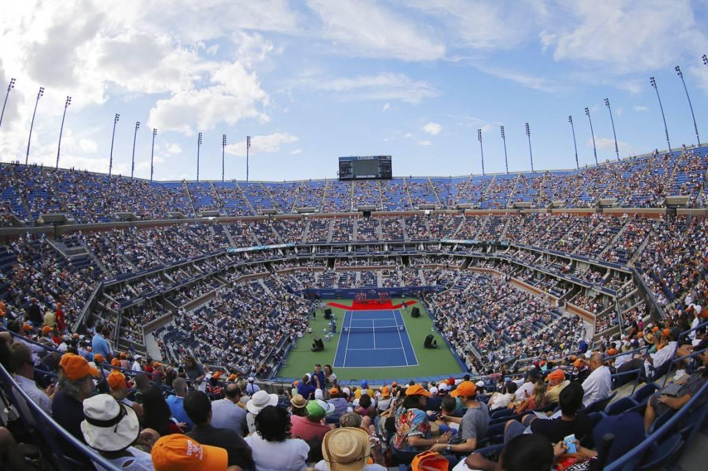 Ein wunderschöner Tag im Arthur Ashe Stadium, in dem die US Open jedes Jahr stattfinden.