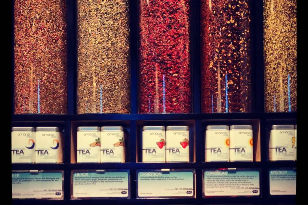 Bild der Auswahl von Teemischungen im Amanzi Tea