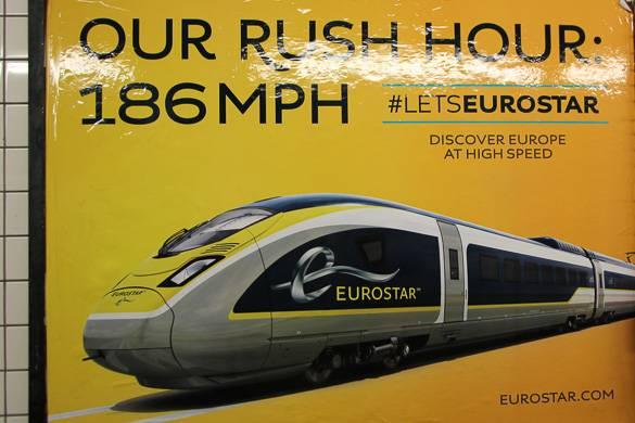 Bild eines Plakates mit Werbung für den Eurostar in der U-Bahn von NYC