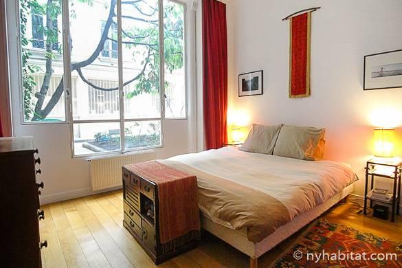 Bild des Schlafzimmers der möblierten 3-Zimmer-Wohnung PA-4187