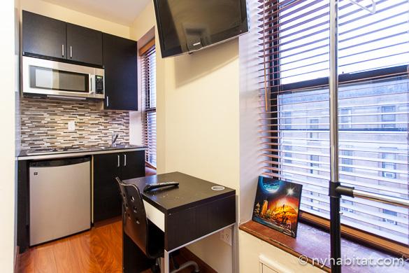 Bild der Küche in der Upper West Side Studio-Ferienwohnung NY-14820.