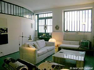 Location meublée à Paris. Photo d'un appartement T2 à Bastille, Père Lachaise (PA-3911)