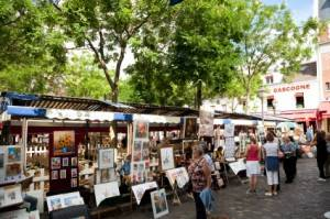 Photo : Artistes sur la place du Tertre à Montmartre, Paris