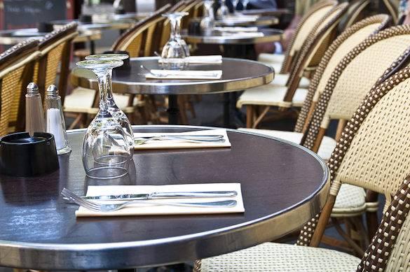 Photo d'un bistro typique à Paris
