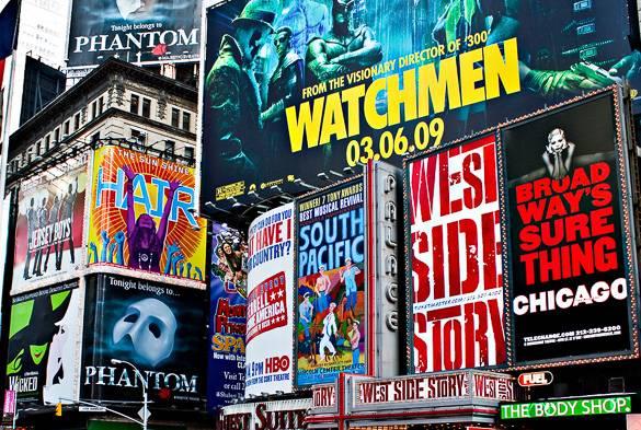 Photo de panneaux d'affichages sur Times Square