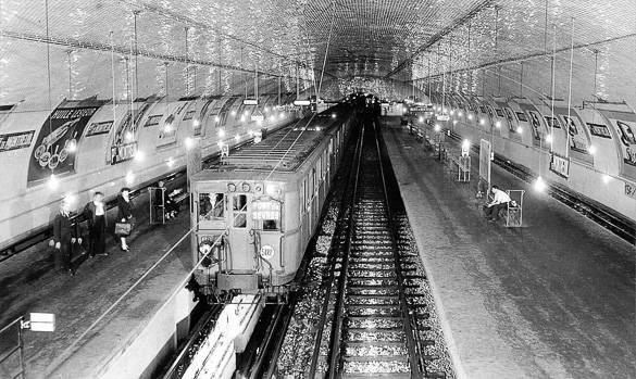 Photo du métro parisien prise vers 1940