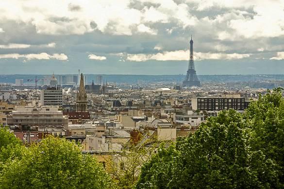 Vue panoramique de Paris depuis le parc de Belleville