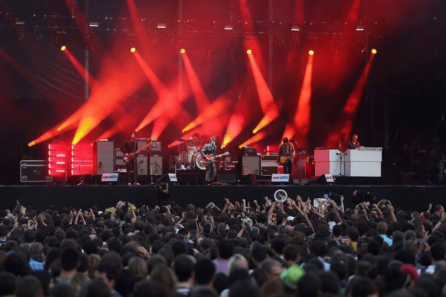 Photo de la foule au festival de musique Solidays à Paris. Photo: Nicolas Joubard.