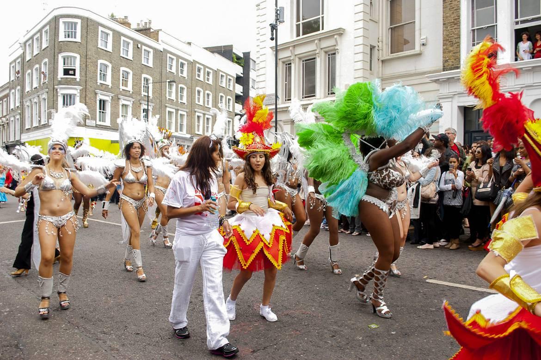 Le Carnaval de Notting Hill célèbre la culture caribéenne.