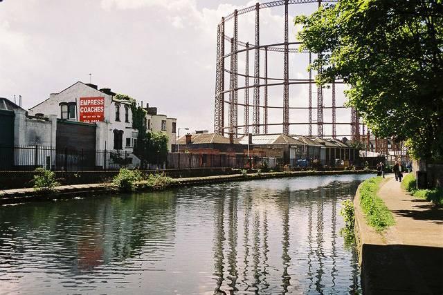 Un canal de l'East End