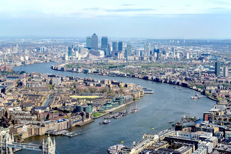 Canary Wharf et Londres vus du ciel