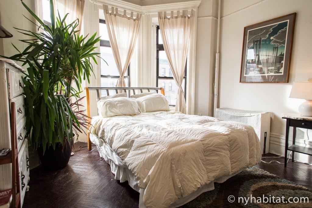Photo de l'une des chambres de l'appartement NY-16698