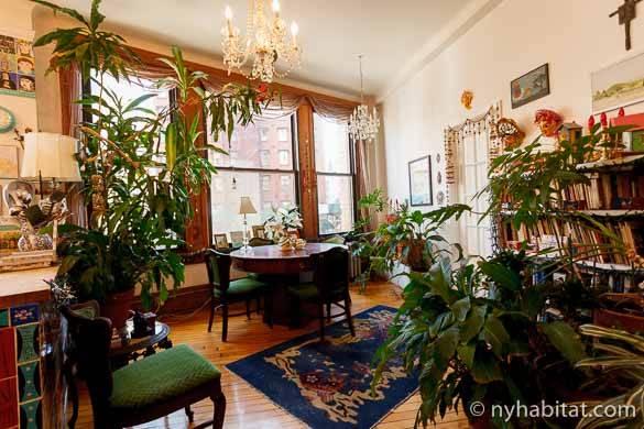 Photo du salon et de la salle à manger de l'appartement NY-3756