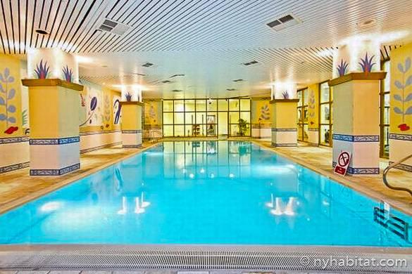 Photographie de la piscine de cet appartement T3 meublé LN-1204