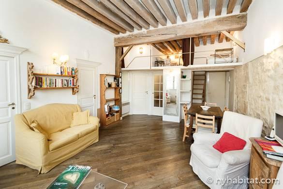 Photo de l'appartement PA-4608 dans le Marais avec poutres apparentes et mezzanines