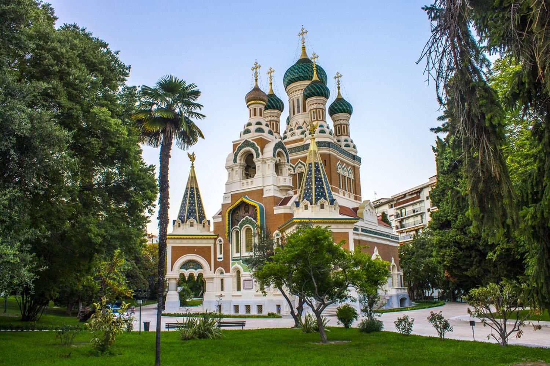 Photo de la cathédrale russe orthodoxe Saint-Nicolas à Nice.