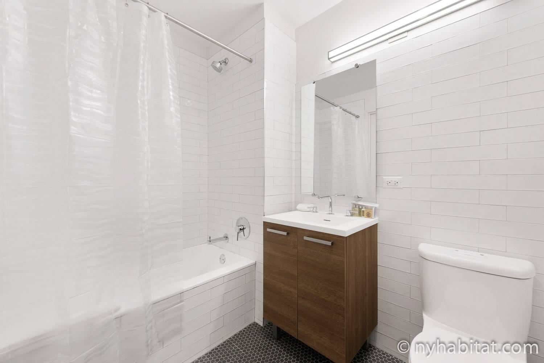 Photo de la salle de bains de l'appartement NY-17271.